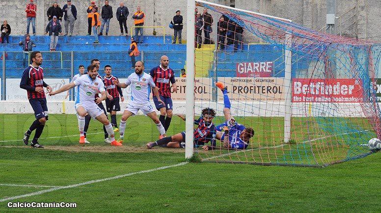 Il gol del pareggio di Maks Barisic.