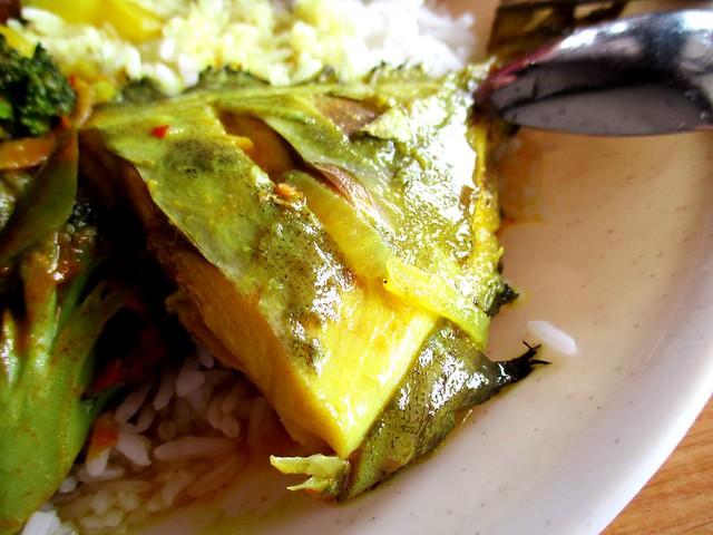 Noor Satay asam fish