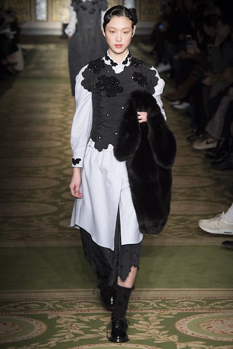 Simone Rocha Fall 2017 Ready-to-Wear