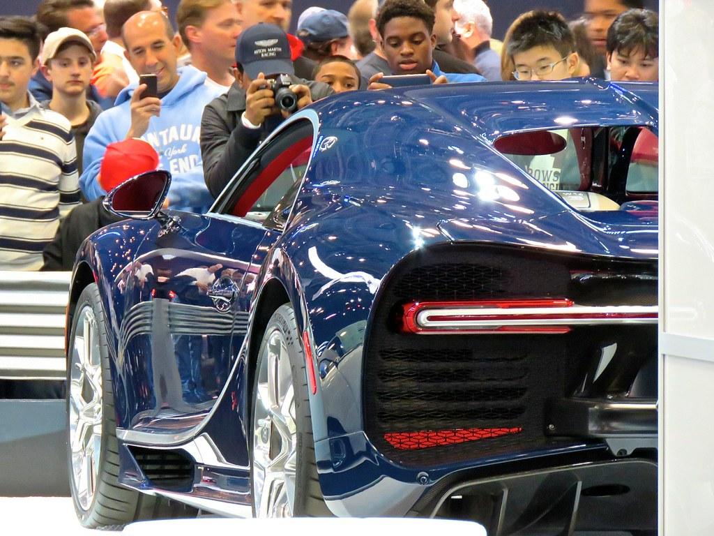 Bugatti Chiron NYIAS 12