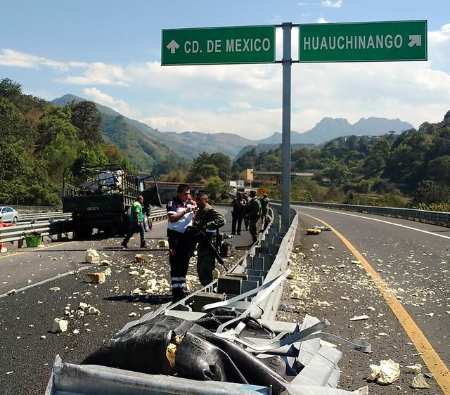 camión militar accidentado 4