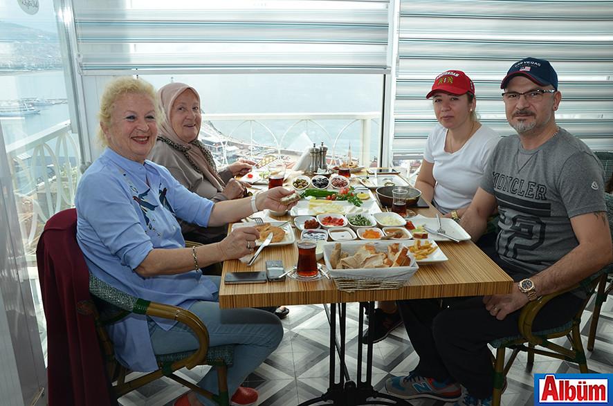 Sevil Erman, Ayten Zamur, Özgür Erman, Özcan Erman