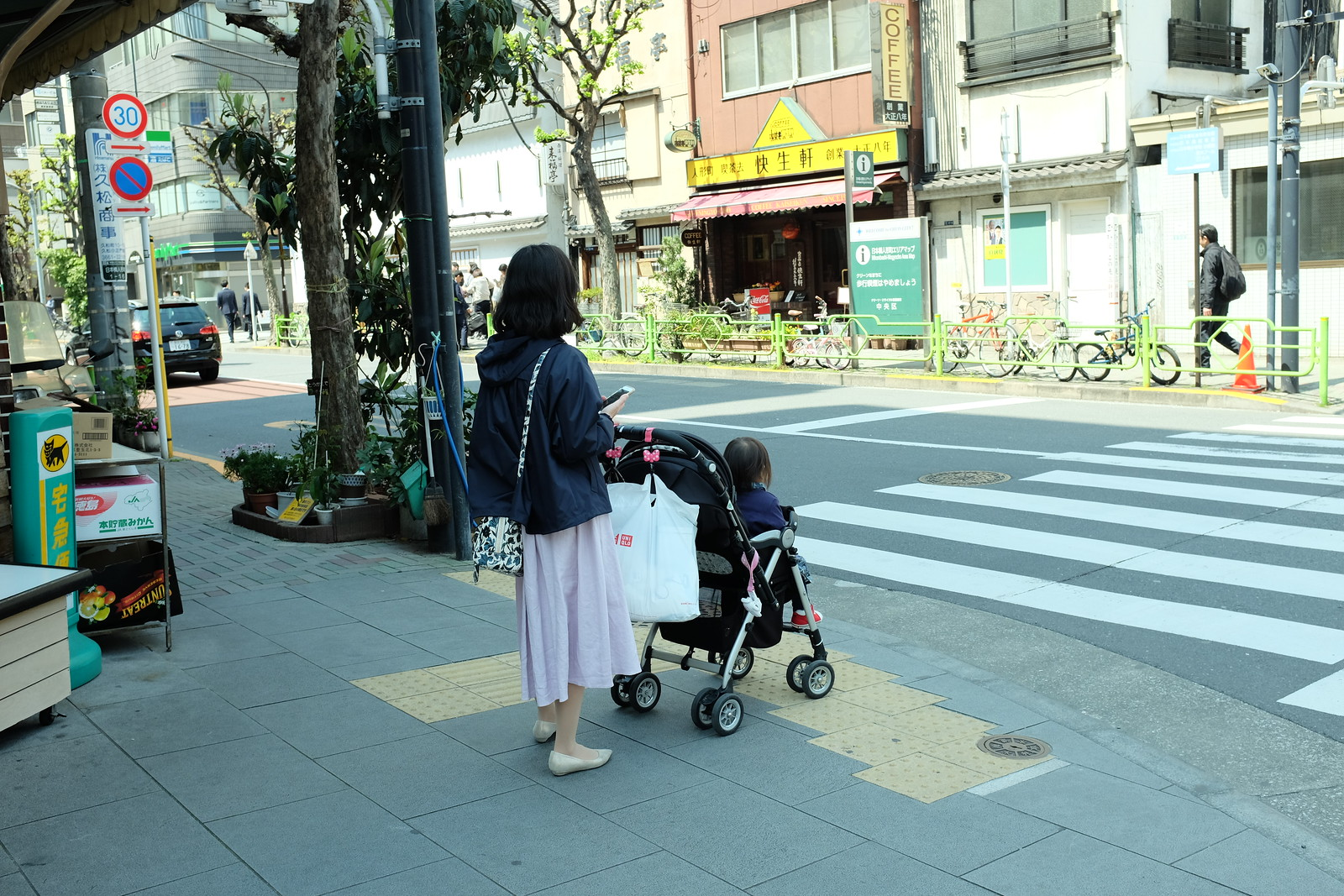 The Ningyocho Tokyo taken by FUJIFILM X100S.