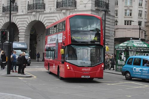 London United VH45158 LJ65FZP
