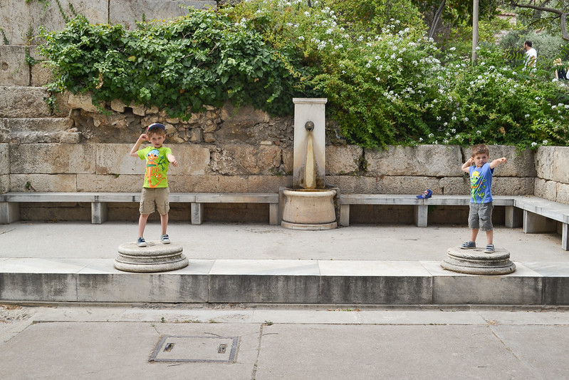 Las estatuas de dioses olímpicos eran numerosas.