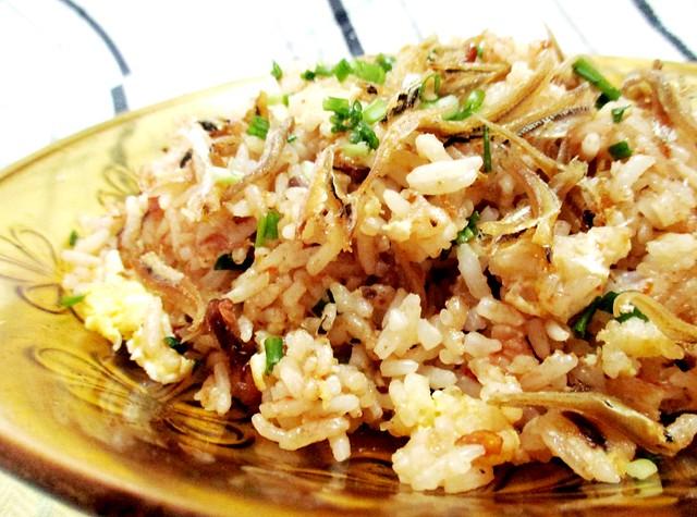 Ikan bilis belacan fried rice
