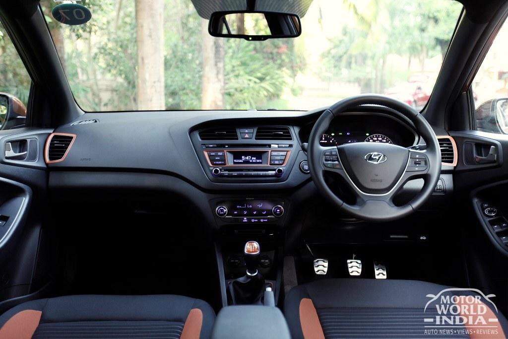 Hyundai-i20-Active (10)