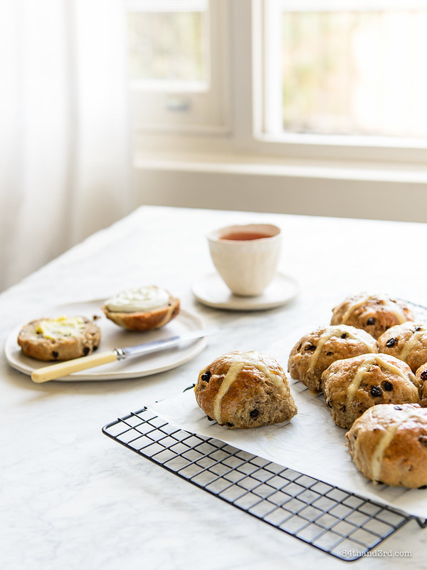 No-Knead Hot Cross Buns