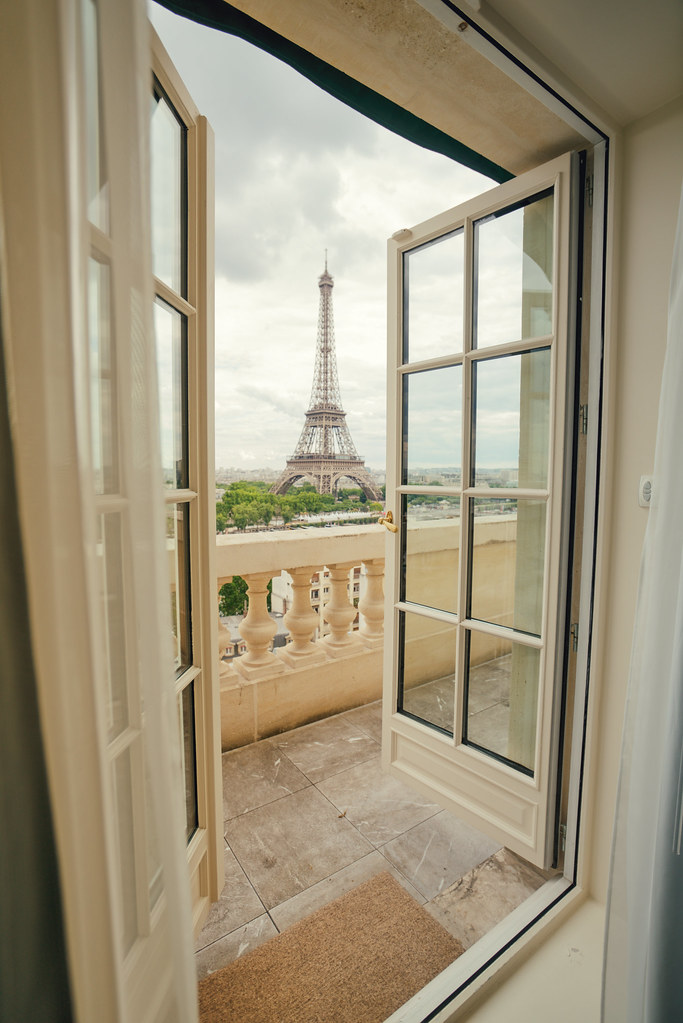 Shangri La Hotel Paris Room View Of Eiffel Tower Flickr