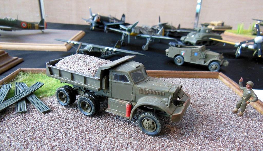 Diamond T 972 Dump Truck 1 72 Stand Du M K S B 224 La