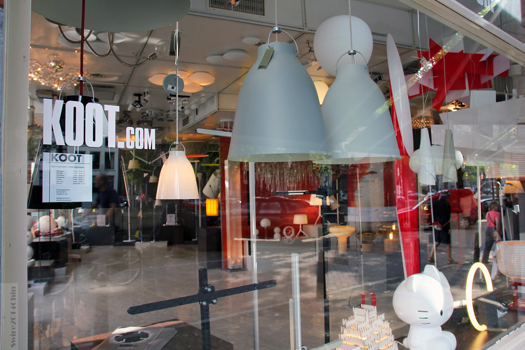 Lampen winkel: Koot lighting | Life sometimes is strange, or… | Flickr