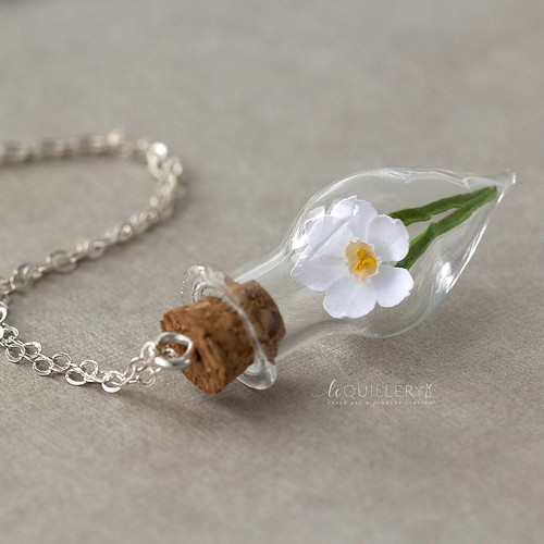 Paperwhite Narcissus Necklace by Le Quillery