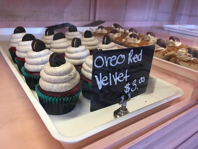 Lil Bit o Heaven Cupcakes