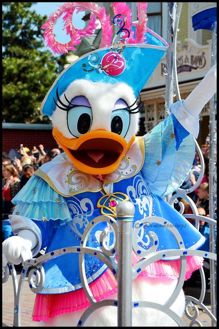 Vos photos avec les Personnages Disney - Page 38 33245665103_79608f3d40_z