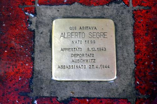 Milano - Corso Magenta - Pietra d'inciampo