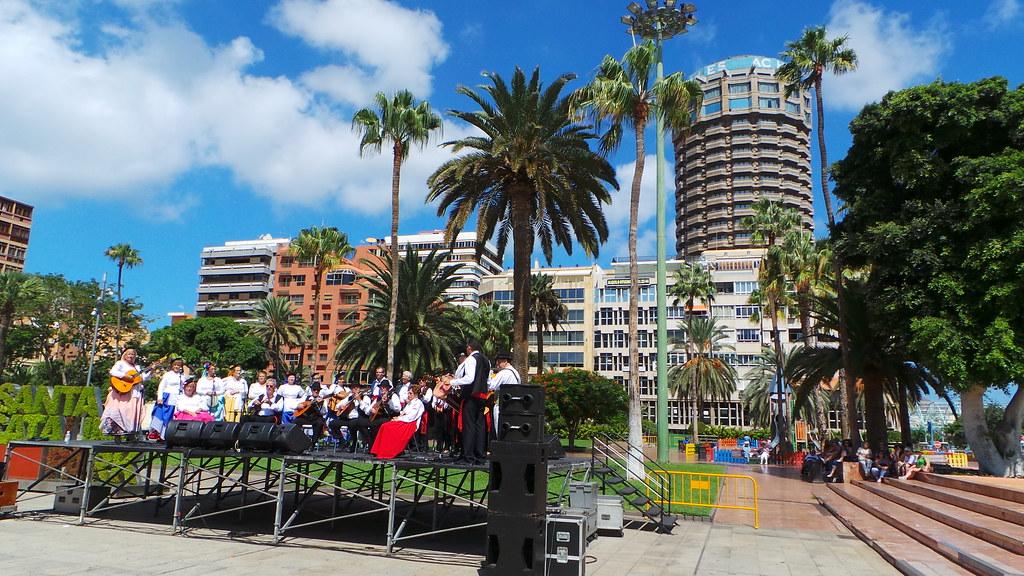 D a mundial del turismo en el parque santa catalina de las for Oficina de turismo gran canaria
