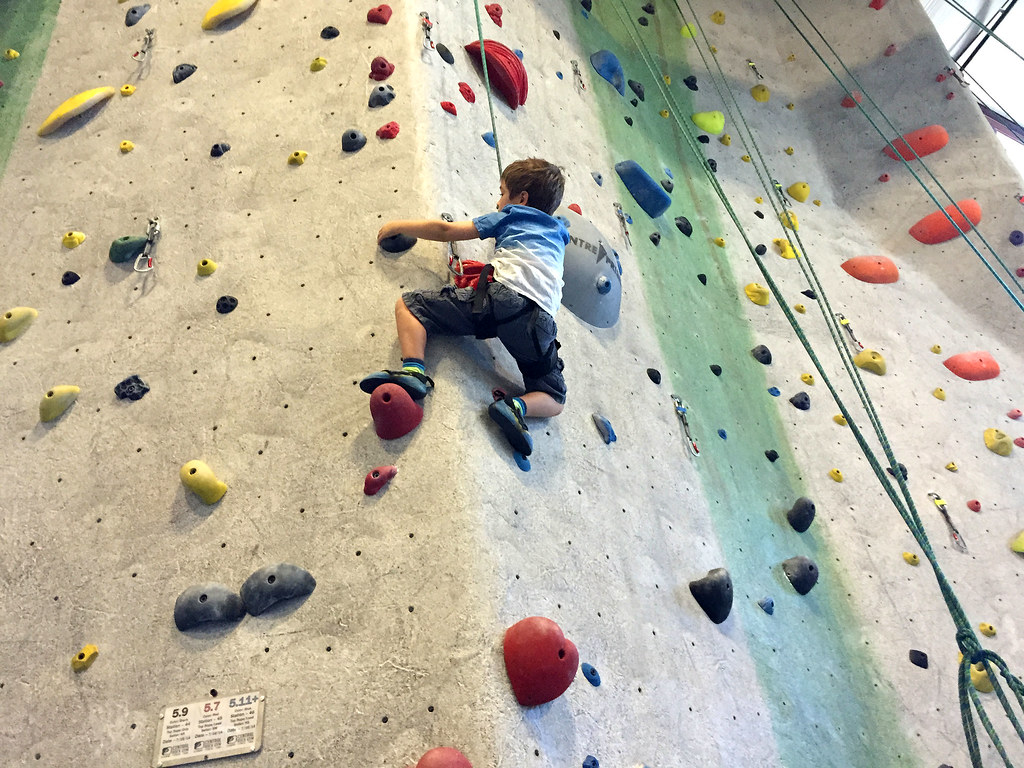 7 Tips for Learning to Rock Climb! | Intern Queen Inc.