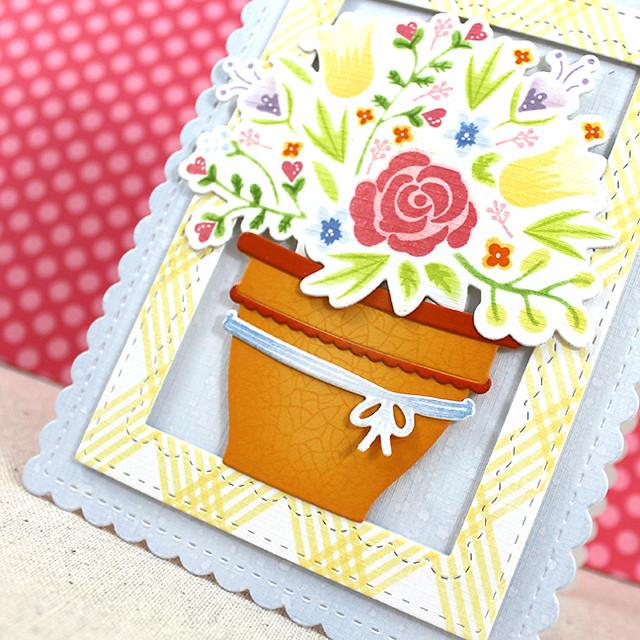 Bloomin' Birthday Pot Close Up