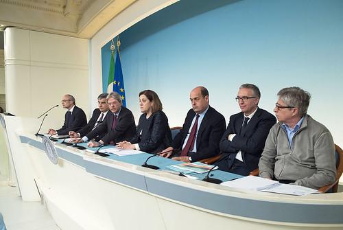 Conferenza stampa della riunione sul Terremoto