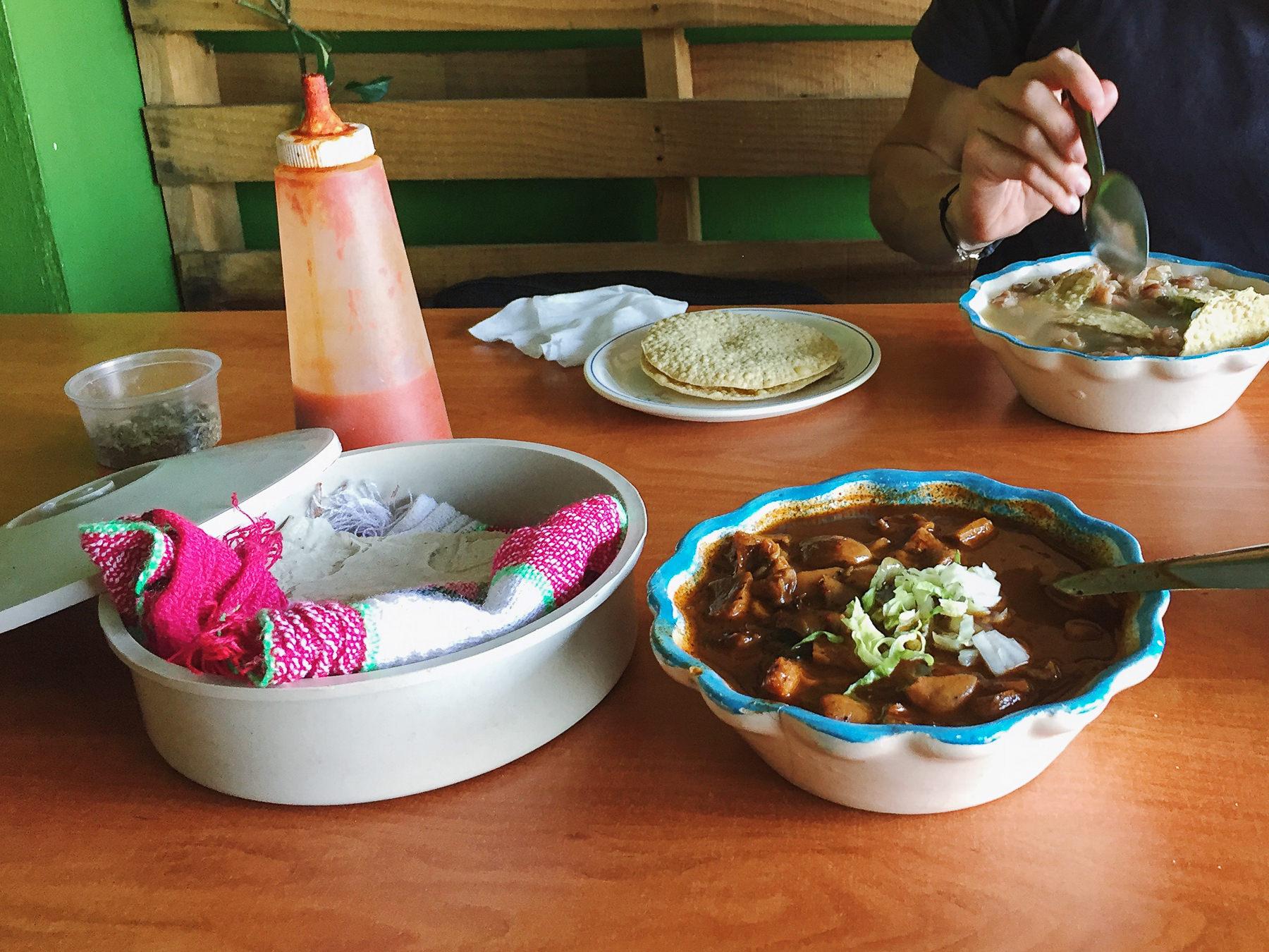 Guadalajara: Tia Ofe Pozole