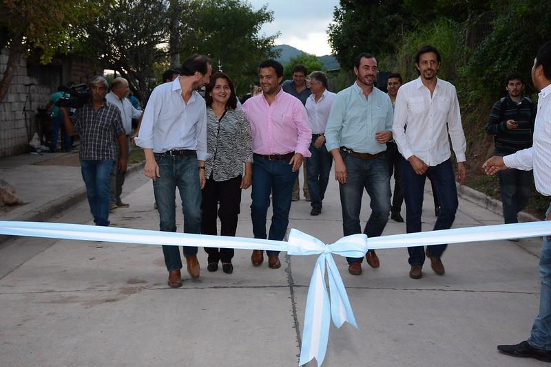 Inauguración de obras en Chicoana y El Carril