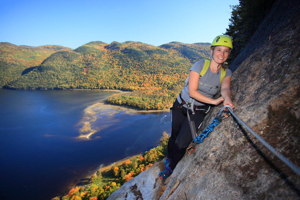 la via ferrata du parc du fjord du saguenay en automne 4 c. Black Bedroom Furniture Sets. Home Design Ideas