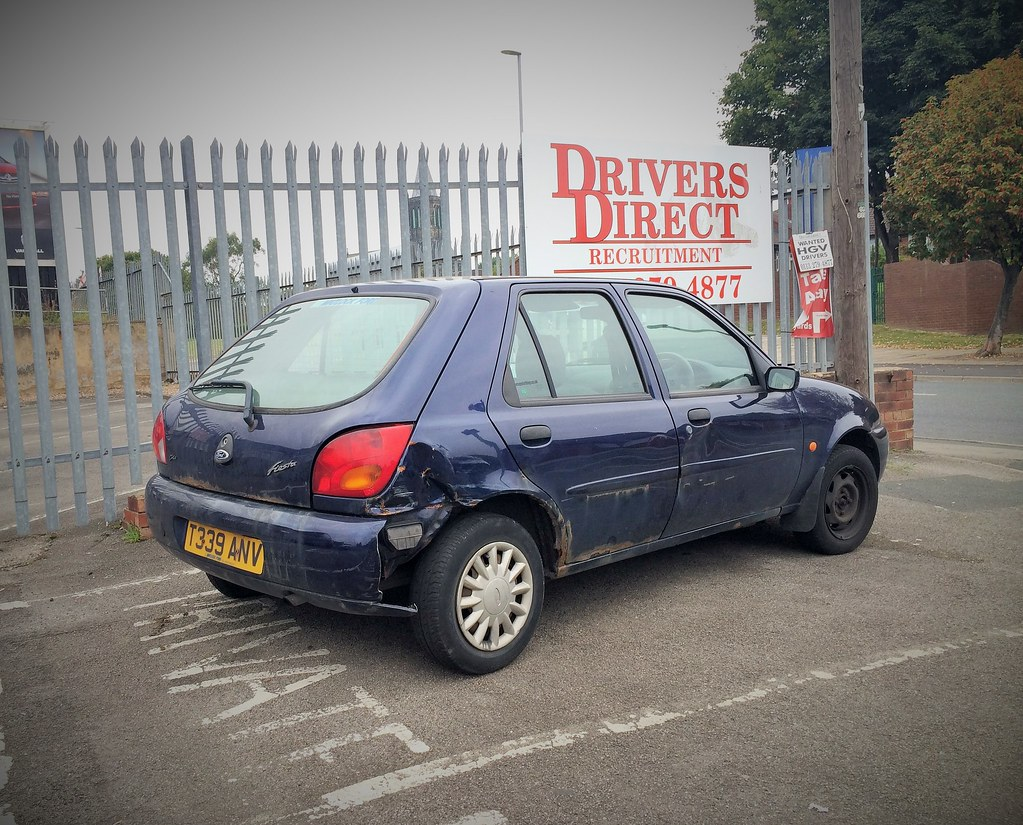 ford fiesta mk4 ghia 16v i suspect this one 39 s nearing. Black Bedroom Furniture Sets. Home Design Ideas