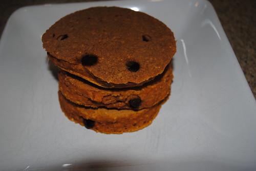 Chocolate Chip Pumpkin Pancakes (3)