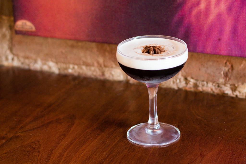 Bar Moga by Asia Coladner