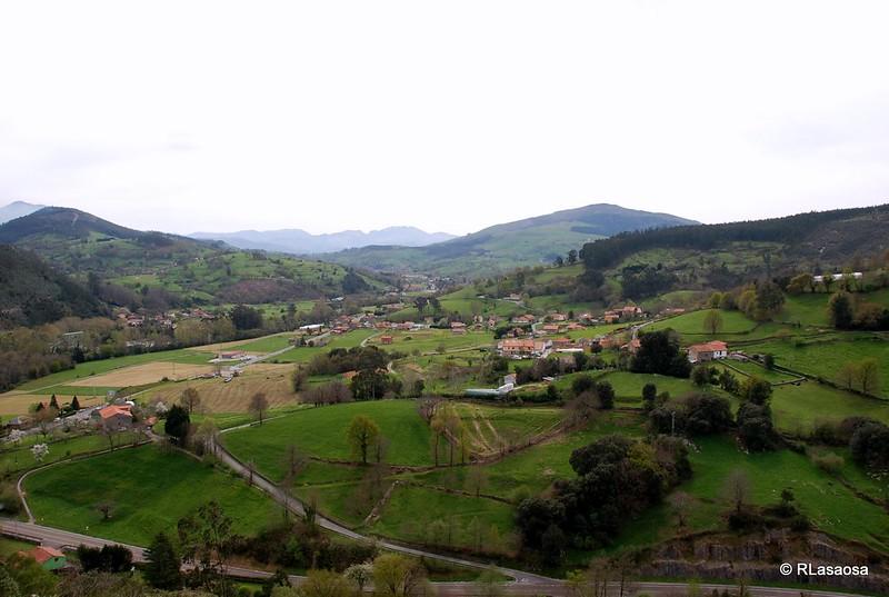 Vistas sobre el valle de Toranzo, Cantabria