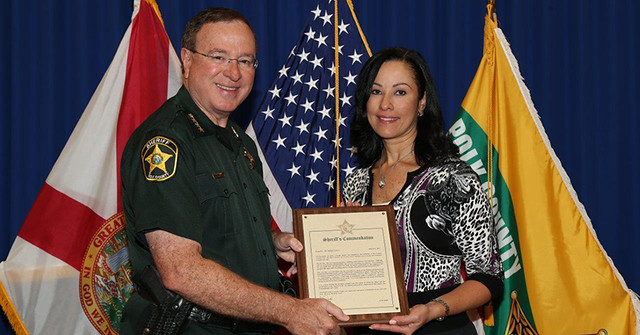 Corizon Health physician receives commendation from Sheriff Grady Judd