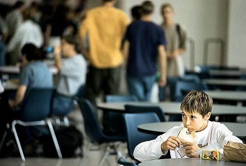 Adapted from: http://4.bp.blogspot.com/_nnccjdN09Qk/TPz9t-WvkDI/AAAAAAAACCM/EZuCNCmVqpE/s1600/a+Freshman+Eating+Alone.jpg