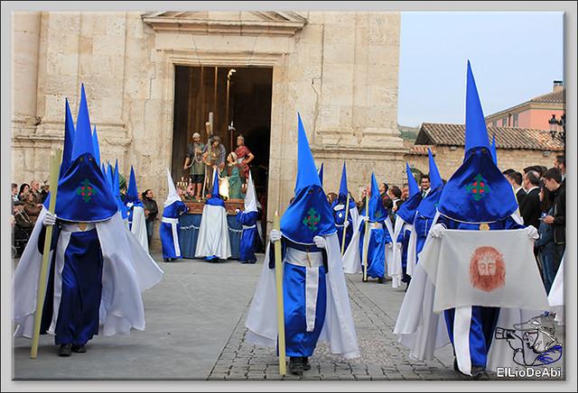 Procesión del Santo Entierro en la Semana Santa de Briviesca 2017 12