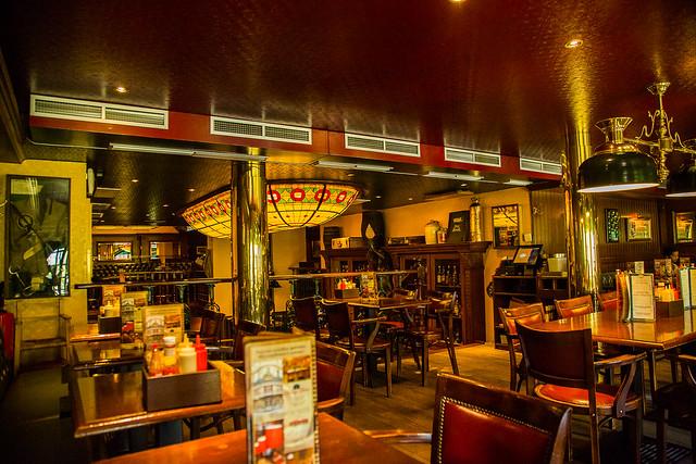 Cafe Theatre Rue Jonquiere