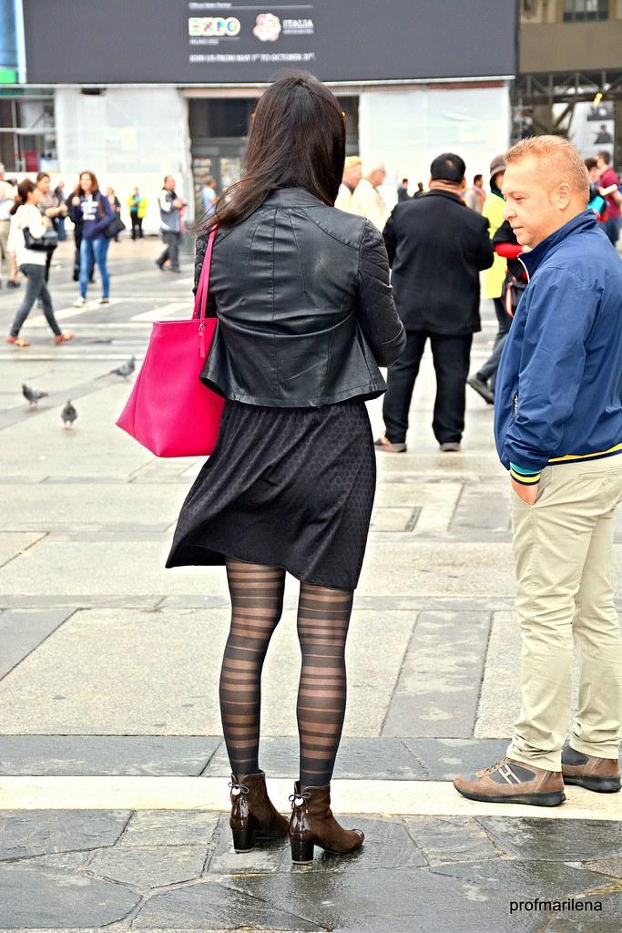 Dsc4332 Tall Woman, Short Man, The Wind Flickr Walk -5931