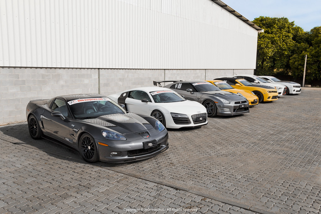 Chevrolet Corvette Zr1 Audi R8 V10 Nissan Gt R Premium