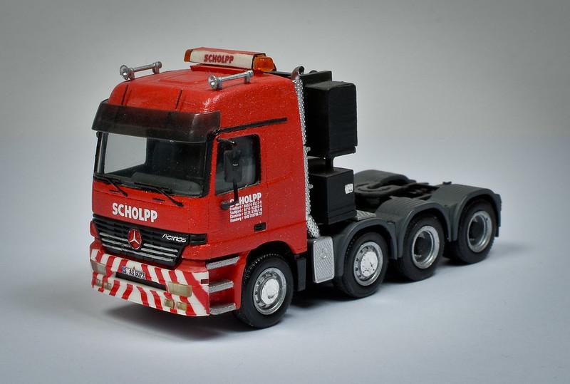 Camiones, transportes especiales y grúas de Darthrraul 32855477213_f90874b510_c