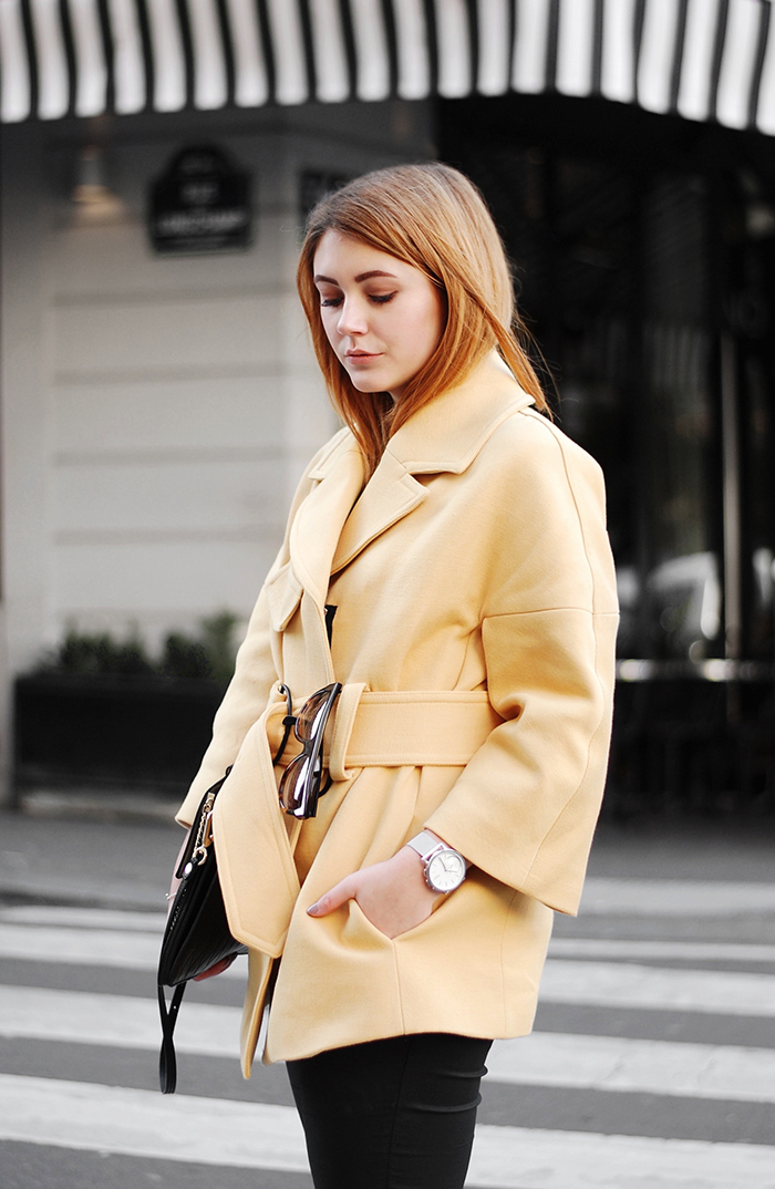 Yellow-Coat-Paris-Streetstyle-6