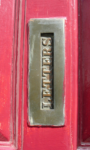 vertical letter-box | by Claudecf