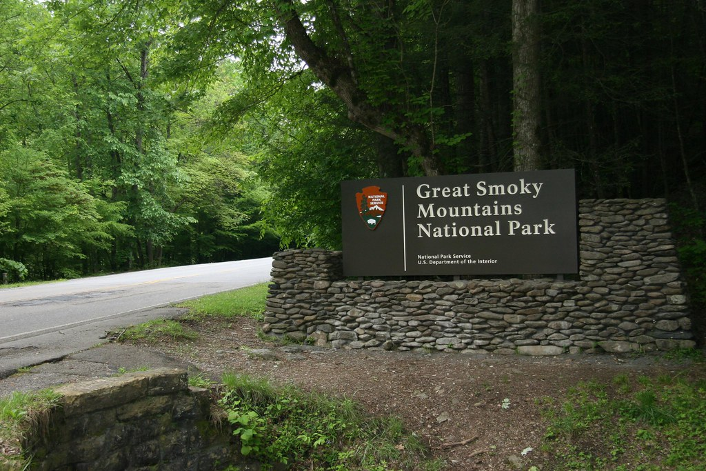 Image result for great smoky mountains national park townsend entrance