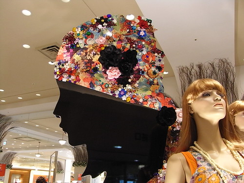 Behütet -  this was seen in the huge department store SOGO in Osaka, Japan | by Ginas Pics