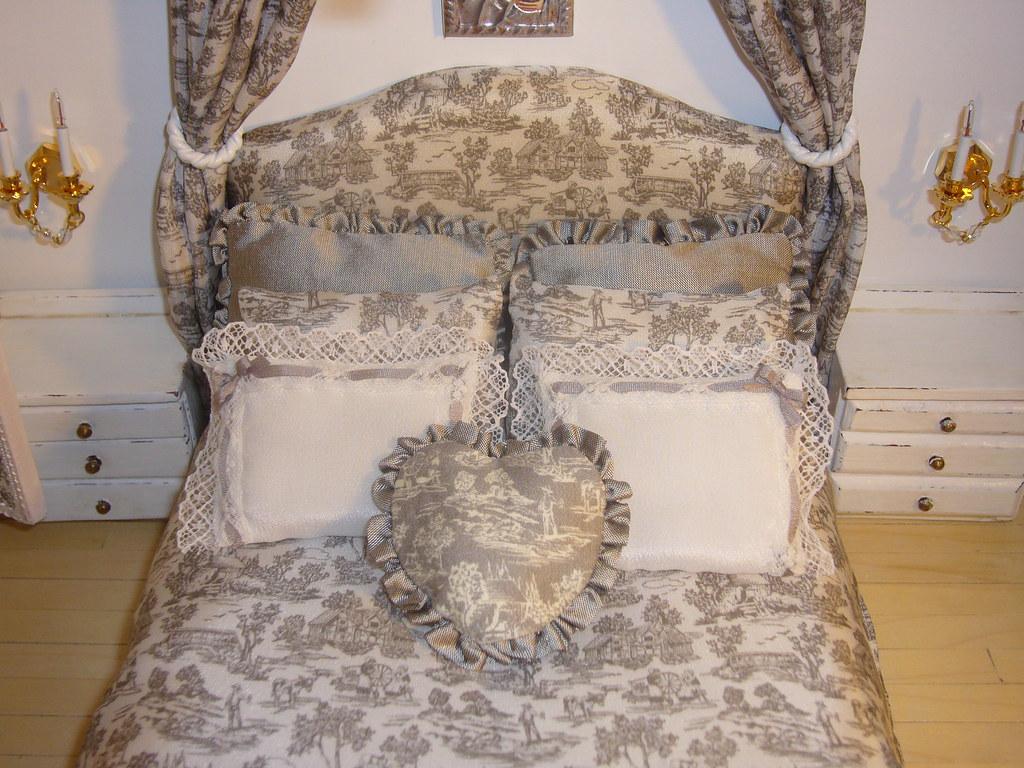 la cameretta shabby chic | Anche il letto autocostruito è co… | Flickr