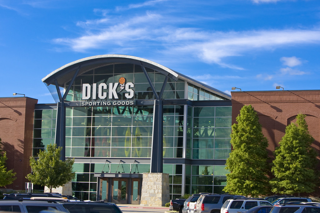 Arlington and dicks sporting goods