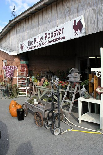 Ruby Rooster Lewisburg Wv Antique Mall Always Lots To