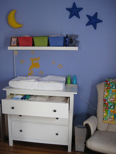 dresser changing table ikea dresser hemnes and shelf. Black Bedroom Furniture Sets. Home Design Ideas