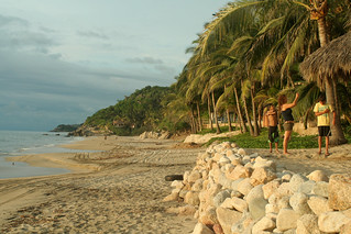 sayulita - north end of beach | by Carnaval King 08