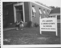 Peabody Laboratory School Exterior Title Peabody Laborato Flickr