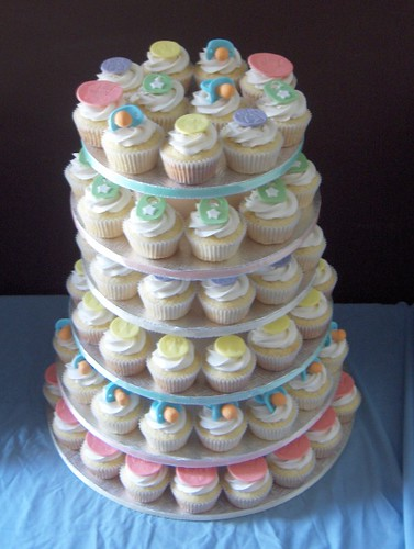baby shower cupcake tier by clevercupcakes