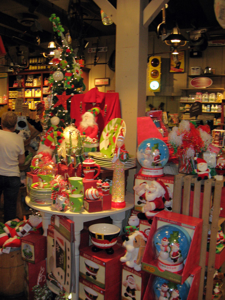 Cracker Barrel Christmas.Christmas In September Cracker Barrel At Least They Are