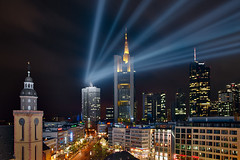 Frankfurt Skyline with an extra | by Philipp Klinger Photography